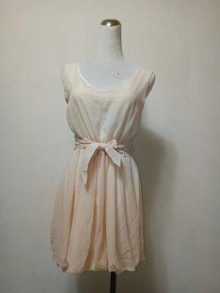 【保證新品】粉色露肩小洋裝
