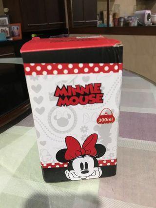 botol minum minnie mouse