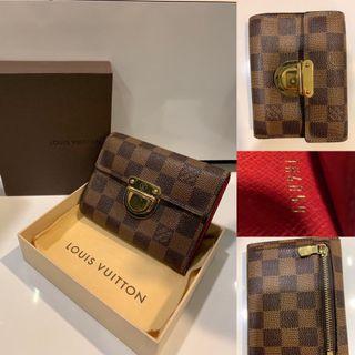 🚚 Authentic Louis Vuitton Damier Ebene Koala Wallet