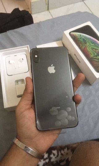 iPhone Xs max 256gb (new)