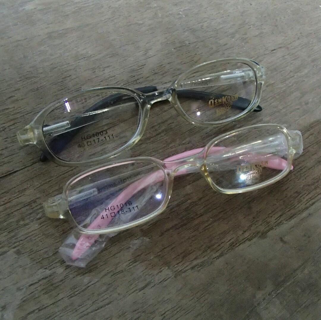 2 buah frame kacamata Oshkosh for kids