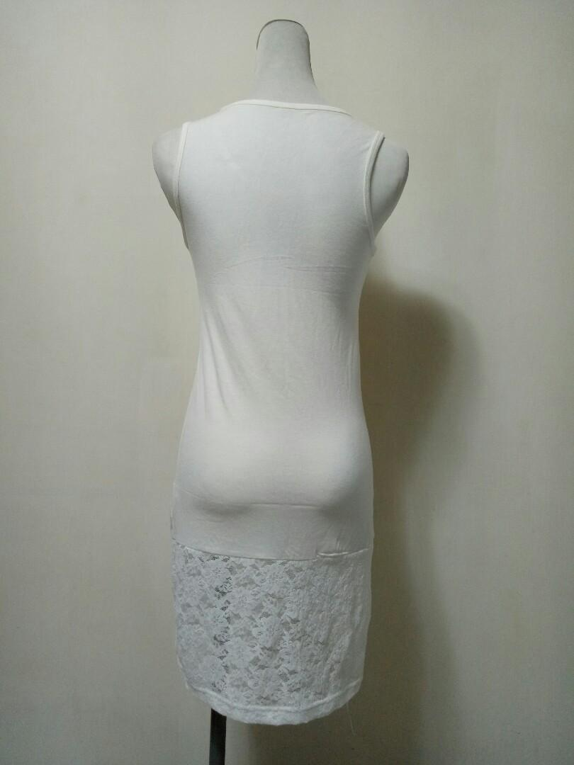【保證新品】白色無袖內搭襯裙 下擺小花蕾絲