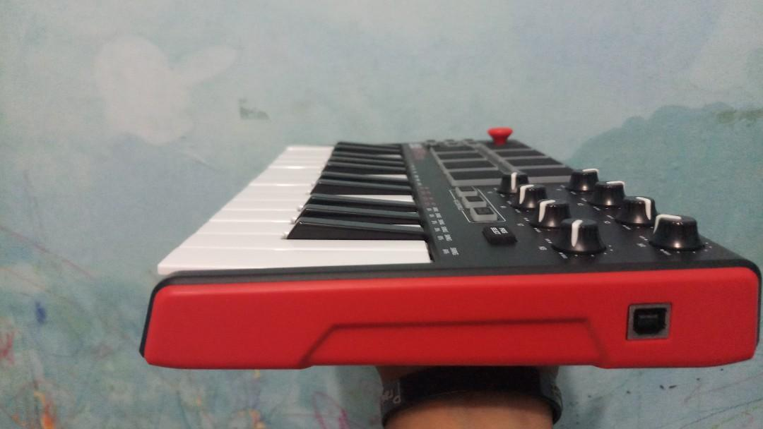 AKAI MPK MINI PROFESSIONAL