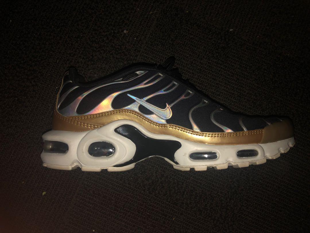 gold and white tns