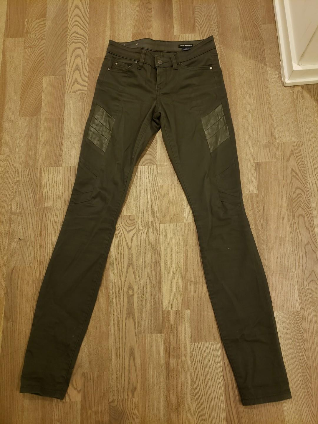 Club Monaco XS army green skinny jeans / pants with leather side detail