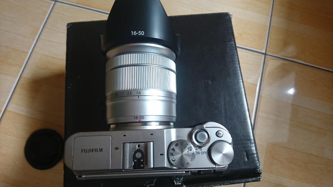 Fujifilm XA-3 Lensa Kit Fullset Like New