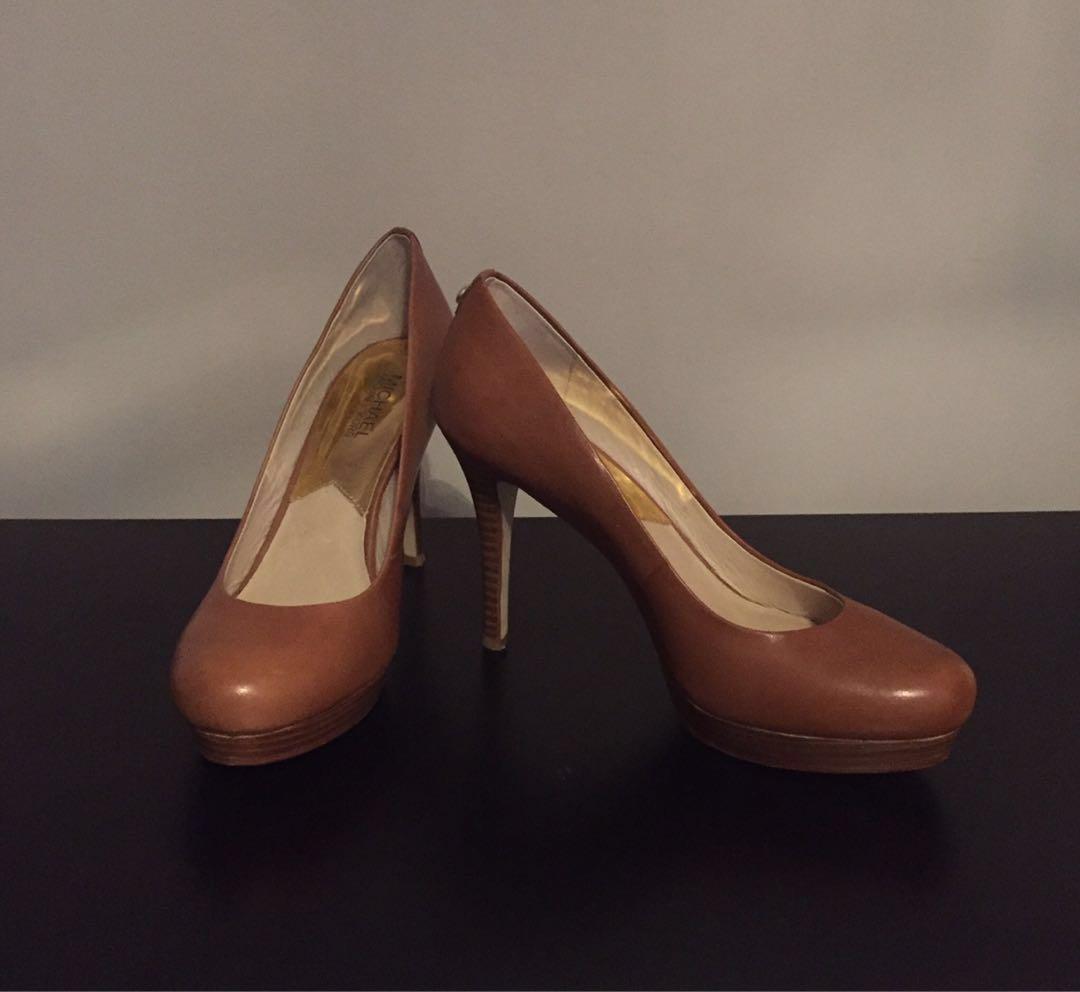 MICHAEL KORS Camel Colour High Heel Leather Pumps Shoes Size 9