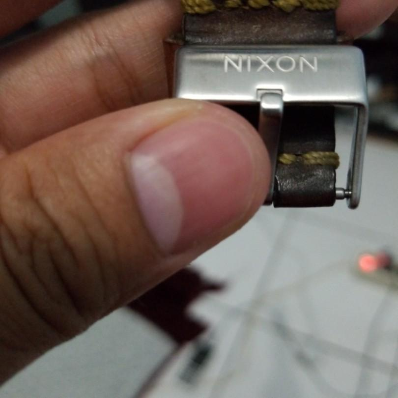 Nixon chronicle leather strap bukan gshock fossil guess Alexander christie
