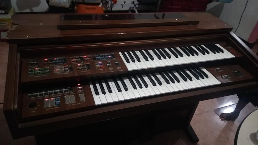 Piano Yamaha FE30