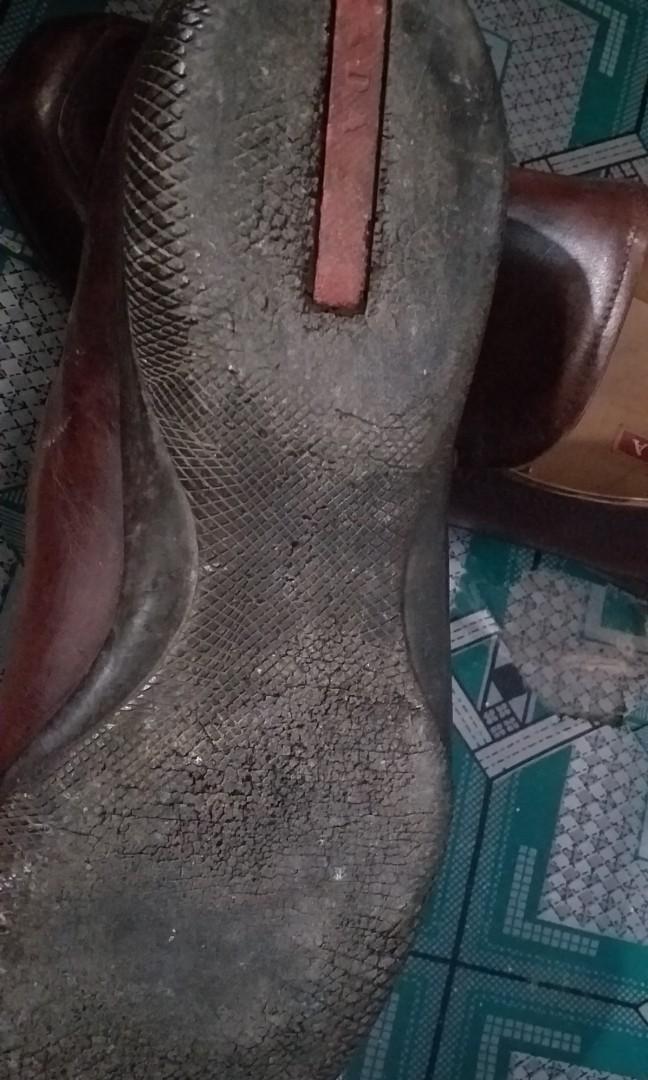 Sepatu prada ori coklat