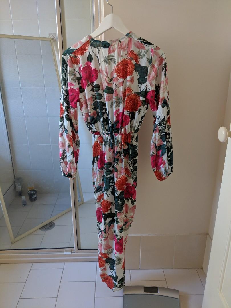 Sheike enchanted dress size 6