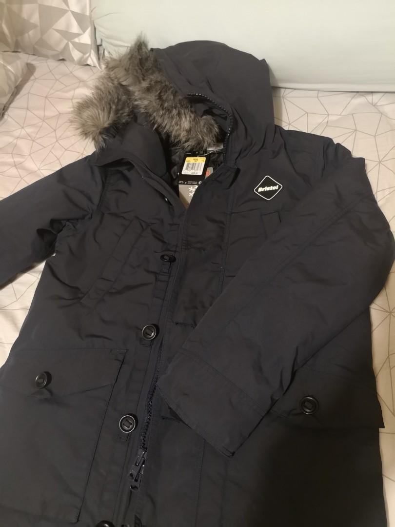 64d3c75b6 Sophnet x NIKE FCRB 14 AW bench coat 684614, Men's Fashion, Men's Tops on  Carousell