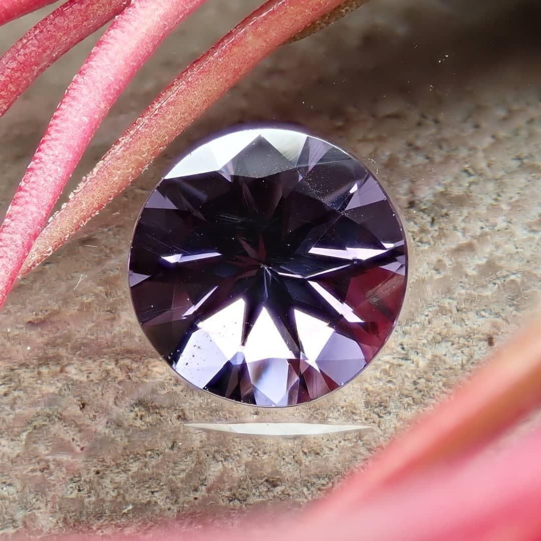 Spinel 尖晶石