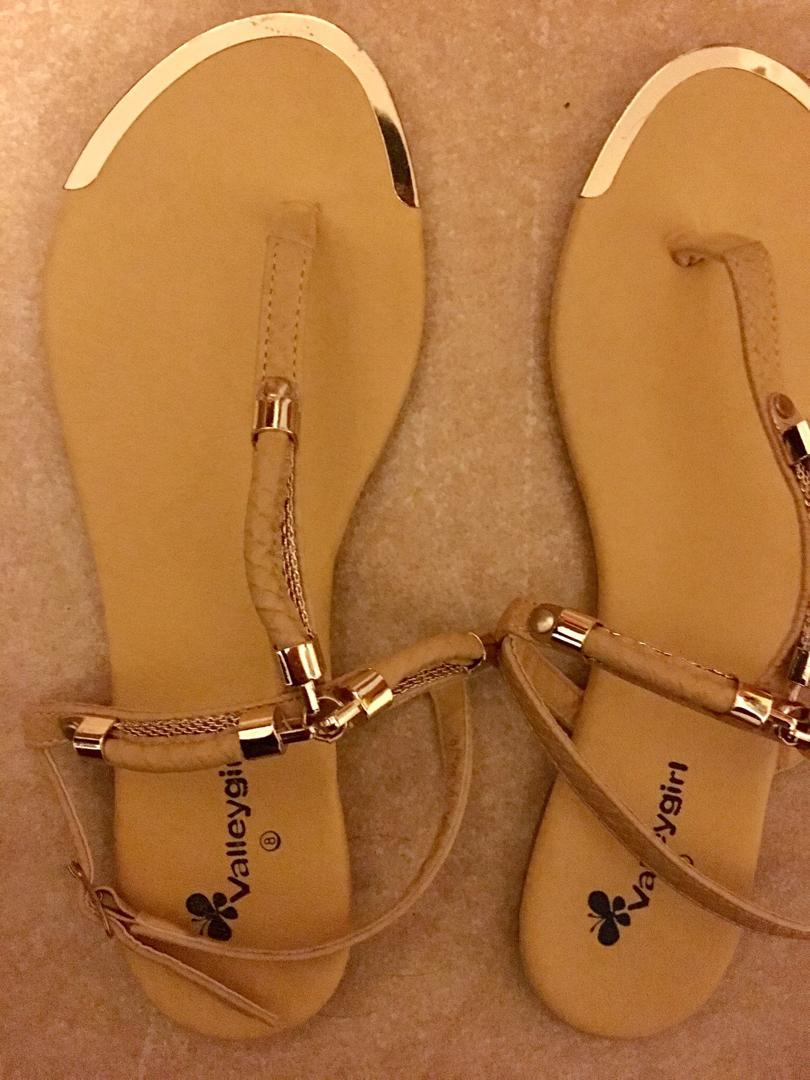 Valleygirl Mustard Sandals Size 8 Worn Twice RRP $24.95
