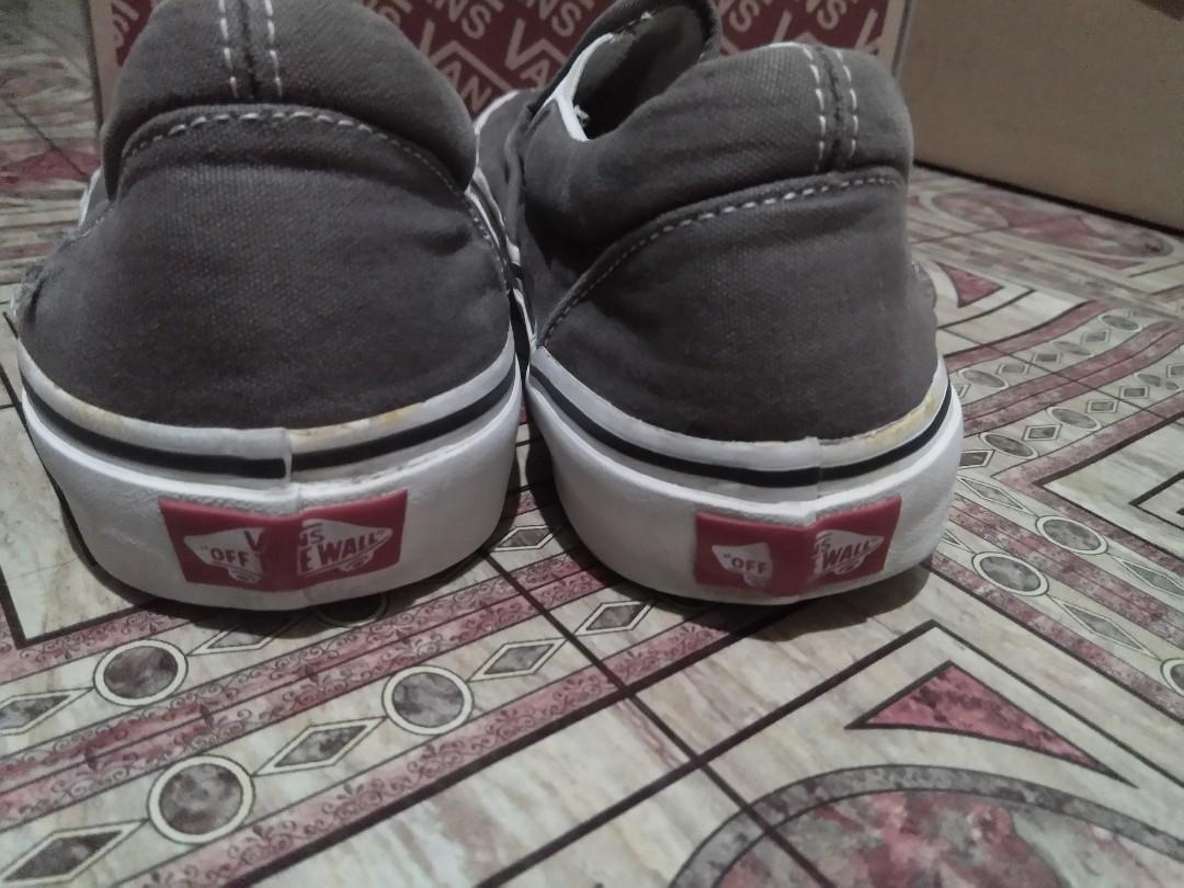 Vans Slip On Charcoal Gray