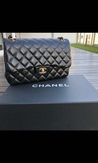 🚚 Chanel Jumbo Lambskin with Gold Hardware