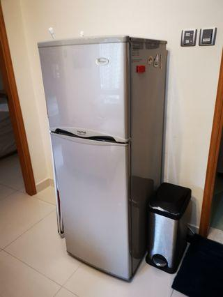 2 Door total 168l Whirlpool Fridge