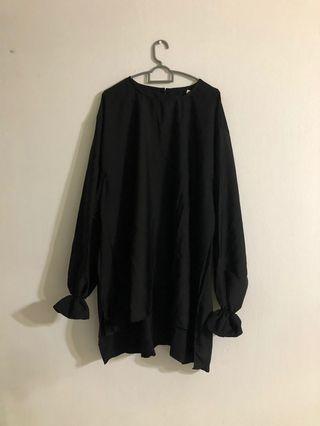 BNWT Simply Bella Black Plus Size Modest Wear Top