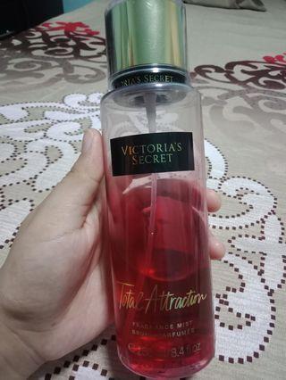 🚚 Victoria Secret Fragrance Mist
