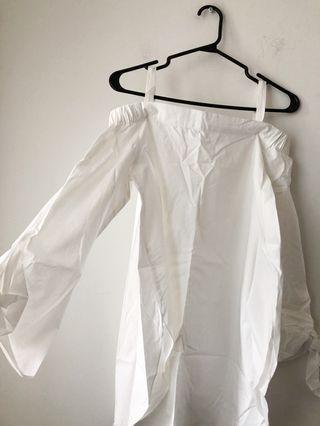 BNWOT off the shoulder top blouse