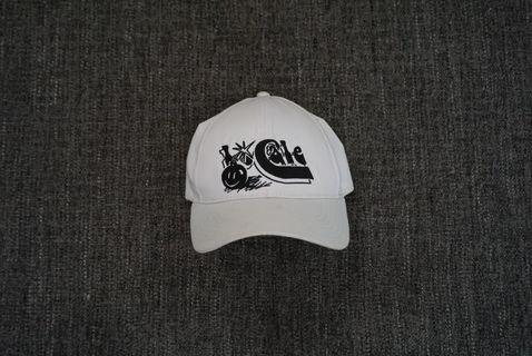 locale hat #mauthr