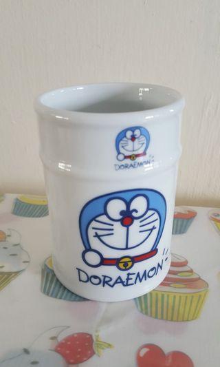 🚚 Doraemon Cup