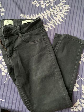 🚚 Cotton on Black Jeans
