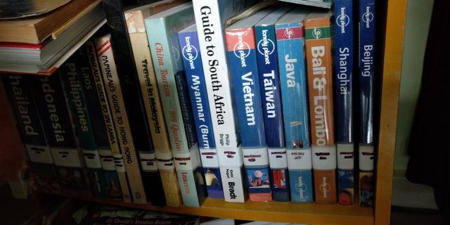 Books - Travel guides to various countries