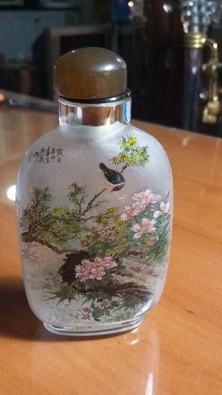 Chinese glass bottle painting
