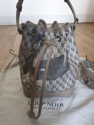 Loup Noir Bucket Bag Grey