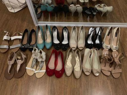 All must go. Final Sale, 13 pairs of shoes for 50$ all together. Brands like Forever New, Sandler, Betts, Rubi