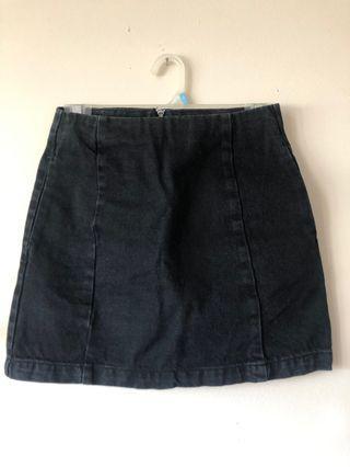 Topshop Moto Jean Skirt Size 2