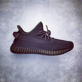 "Adidas YEEZY BOOST 350 V2 ""Triple Black"""