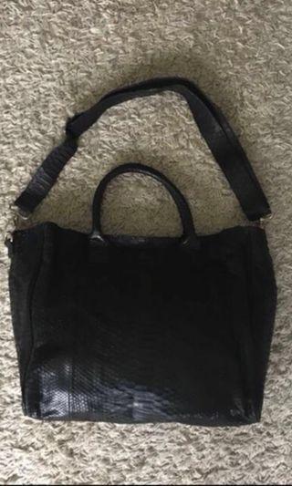 🚚 Real Snakeskin Bag
