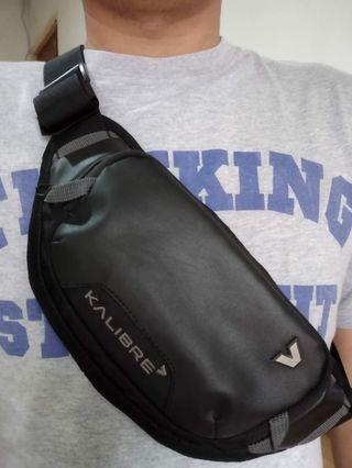 Sling bag kalibre kondisi mulus banget