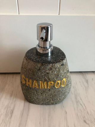 Nordic resort-like Shampoo dispenser