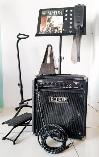 Guitar Fender Amp