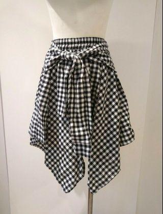 黑白格紋不規則裙擺綁帶造型外搭裙