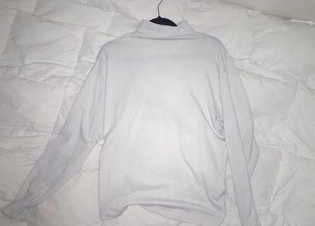 Uniqlo white knitted mock top