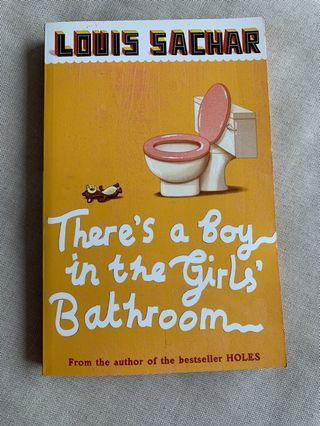 There's a Boy in the girls' Bathroom 小朋友英文故事書