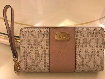 Micheal Kors real leather wallet