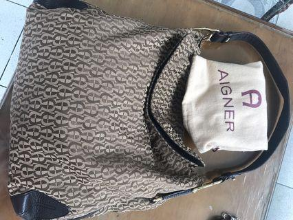 Aigner shoulder bag original