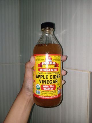 Bragg Apple Cider Vinegar Cuka Apel 473ml