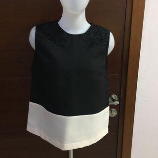 Maje Black Creme Lace Applique Top (Atasan Wanita)