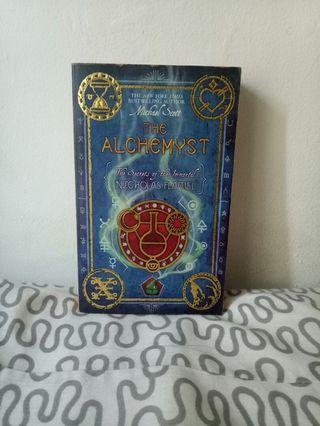 The Alchemys: The Secret of the Immortal Nicholas Flamel - Michael Scott