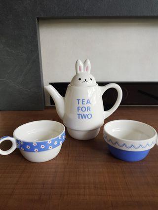 🚚 Tea set for 2