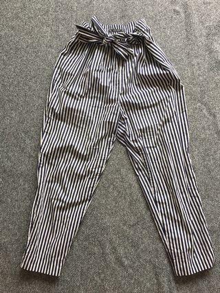 Zara pants size M
