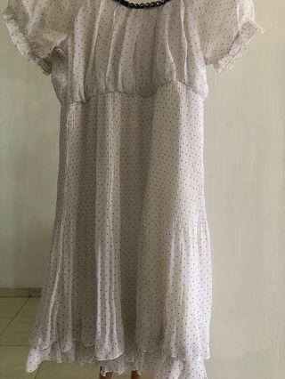 Midi dress putih bersih manis cantikkkk