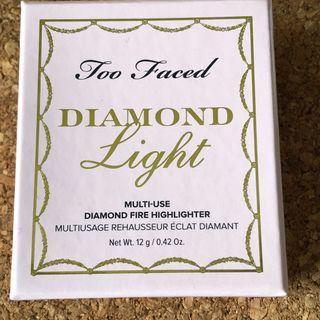 請出價,價合即賣 too faced diamond light diamond fire