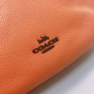 Coach 香橙🍊色軟皮包